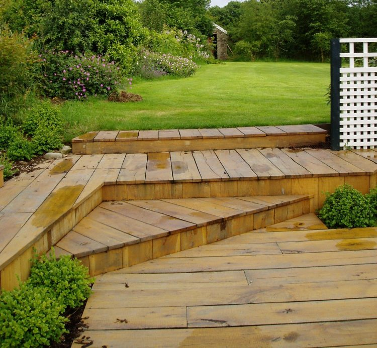 Building a low maintenance garden 3