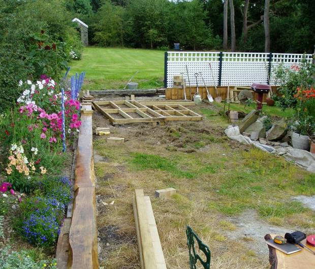 Building a low maintenance garden 2