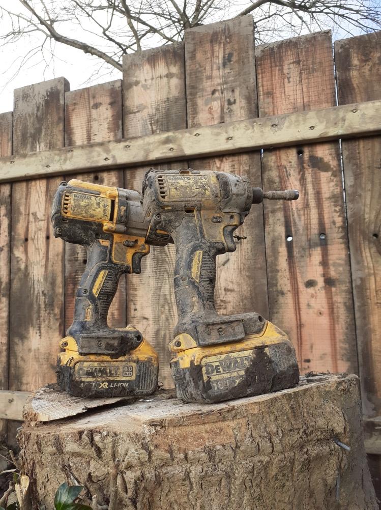landworks-muddy-tools-cilgerran-pembrokeshire